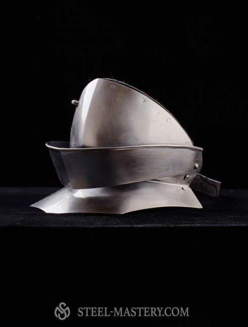 Articulated Gorget (Bevor) Cuirasses, breastplates and gorgets