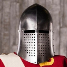 Knightly closed helmet of the 13th century image-1