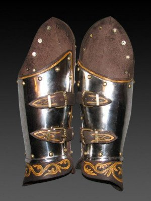 Bracers with painted leather Metal bracers, couters and full arms