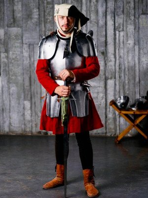 English gothic cuirass - 1483 year Cuirasses, breastplates and gorgets