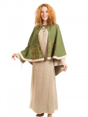 Short coat with trim Cloaks and capes