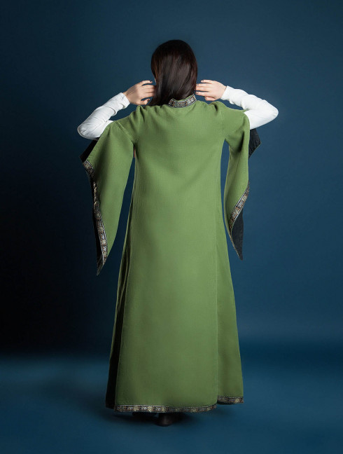 Long coat with wide sleeves  Cloaks and capes