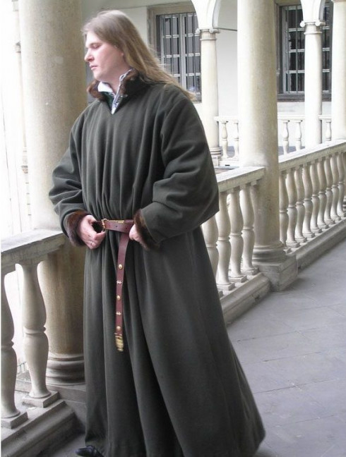 Long houppelande of the XV century Men's overclothers