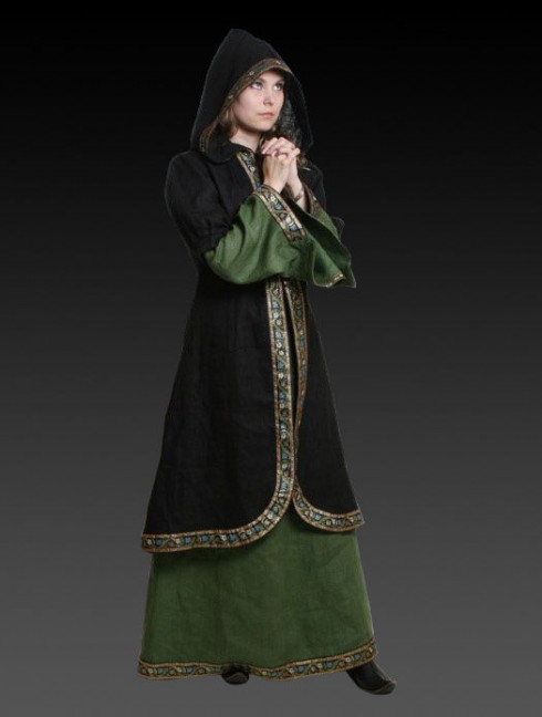 Coat with the hood and puffed sleeves Cloaks and capes