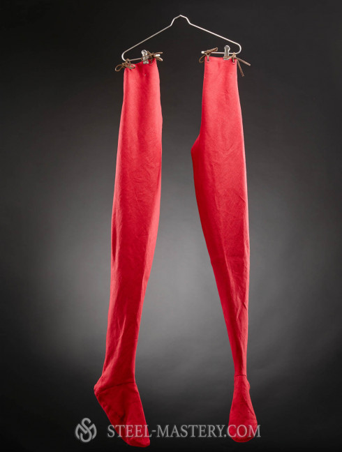 Chausses of the XII-XIII centuries Chausses and pants