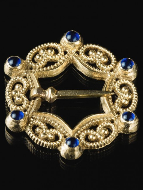 Medieval German brass brooch, XIV century Brooches and fasteners