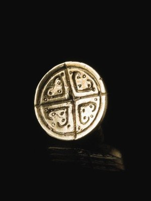 Medieval European cast button with pattern Buttons, hooks, pins