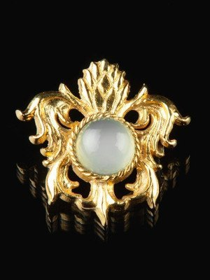 Medieval brooch with aqua chalcedony, XV century Brooches and fasteners
