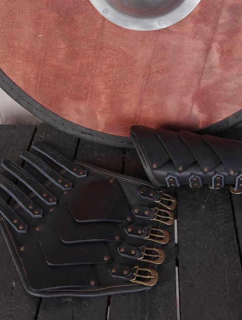 Leather bracers in Dragon style Arms