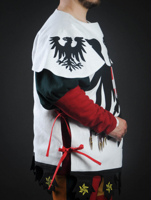 Tabard with black eagle with crown Body