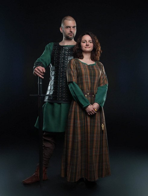 Middle ages women's clothing Women's dresses