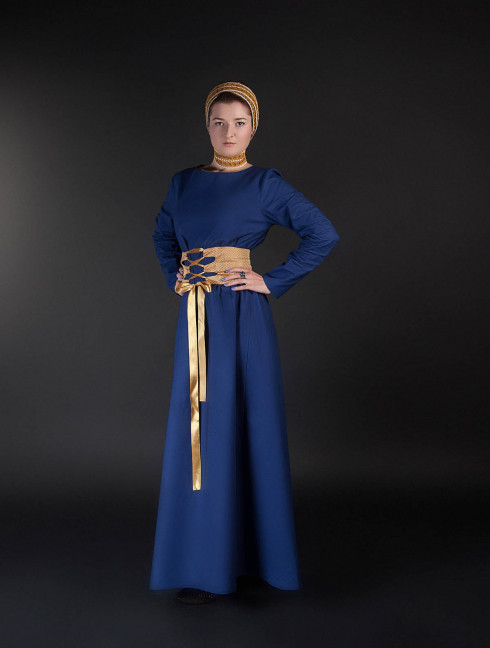 Medieval style dress with wide belt Women's dresses