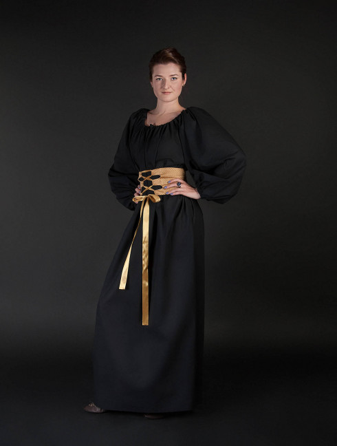 Medieval gown with wide fabric belt Medieval clothing