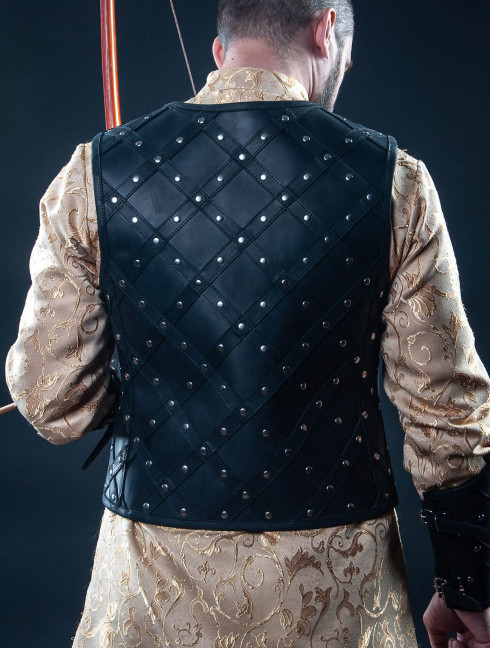 Leather vest and bracers with diamond pattern Fantasy armour