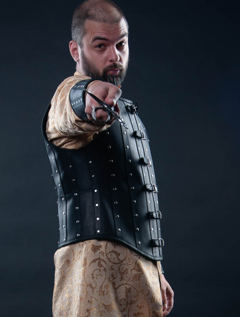 Leather vest and bracers in Renaissance style Fantasy armour
