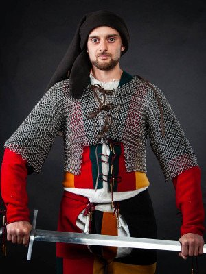 Chainmail camisole for arm doublet for covering armpits