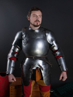 Plate cuirass with tassets, a part of the jousting knight armor, XVI century Plate armor