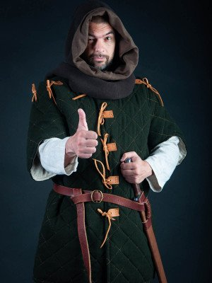 Gambeson with elbow-lenght sleeves