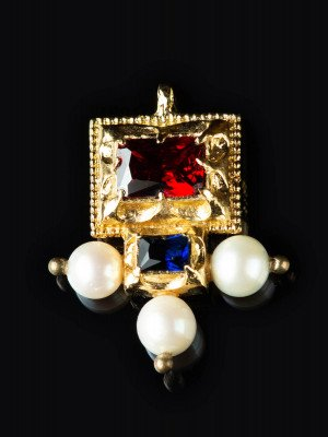 Italien brooch-pendant, late XV c. Brooches and fasteners