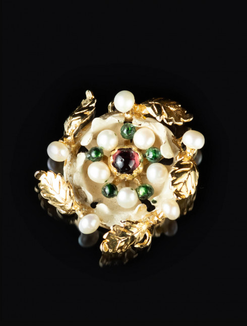 Brooch from the Cleveland Necklace Brooches and fasteners
