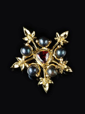 Broochfromtheportrait of John the Fearless Duke of Burgundy Brooches and fasteners