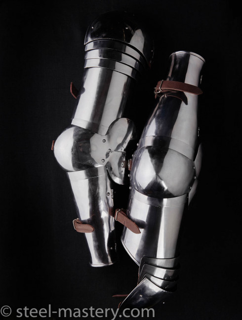 KNIGHT PLATE ARMS AND SHOULDERS OF XIV CENTURY Spaulders