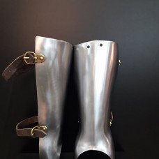 14TH - 16TH STYLE HALF GREAVES MADE OF STEEL  image-1