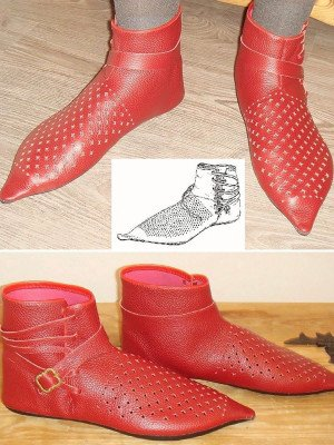 Medieval boots from Dordrecht, type 30