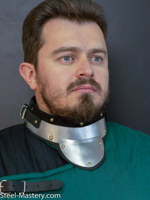 SCA GORGET Cuirasses, breastplates and gorgets