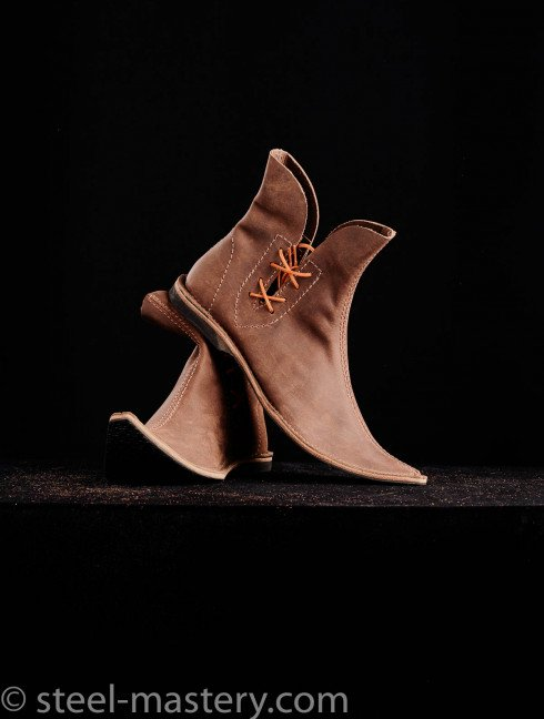 Poulaine medieval style boots, brown Foot