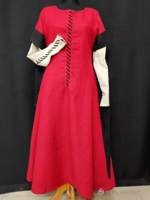 English woman outfit of the XIVth century's end