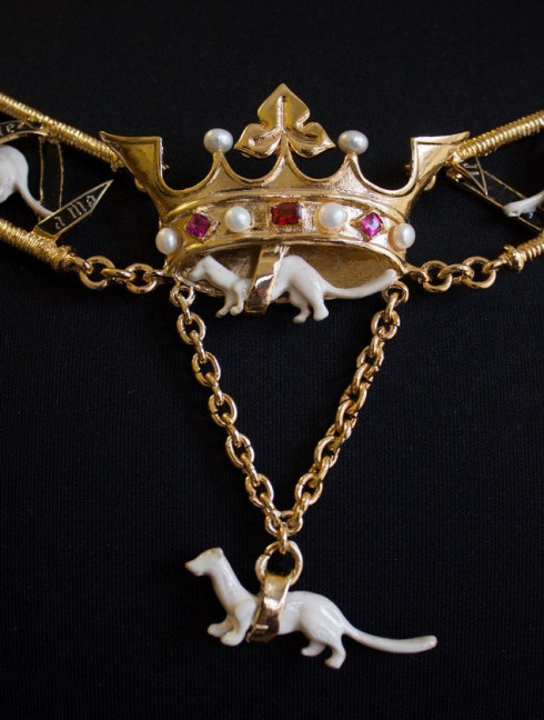The Order of Ermine collar