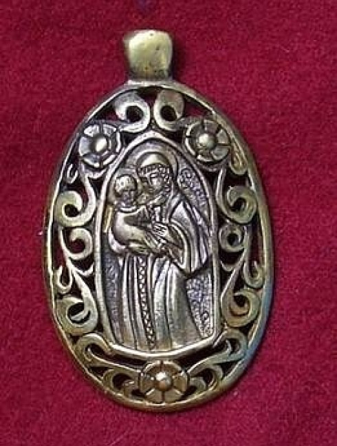 Medieval St Mary Pendant Accessories
