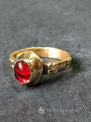 Medieval ring, England or France Castings