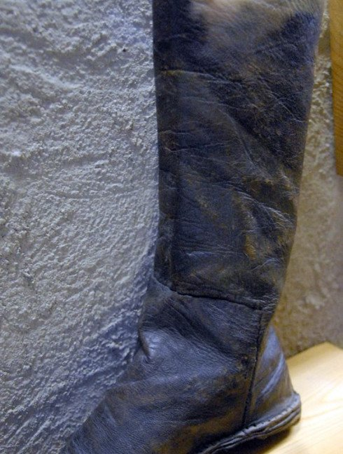 Medieval boots from Novgorod Old categories