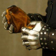 New model of Visby brigandine gloves!
