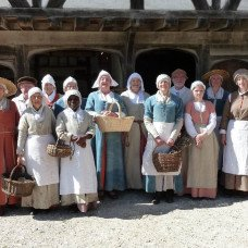 Tudor monastery farm - immersing into the Middle Ages
