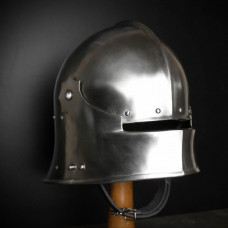 Gothic Sallet - brutal and lovely! New photos!