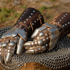 Visby brigandine gauntlets - check out new item!