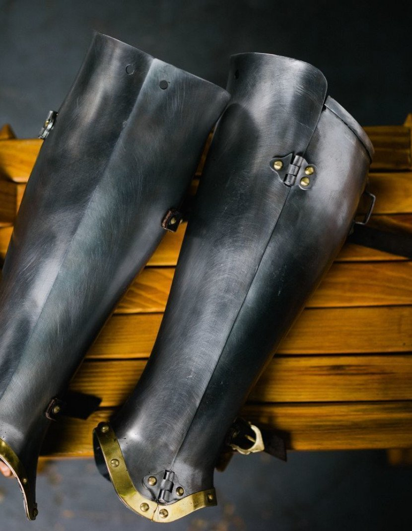Closed hinged greaves 1450-1485 years photo made by Steel-mastery.com
