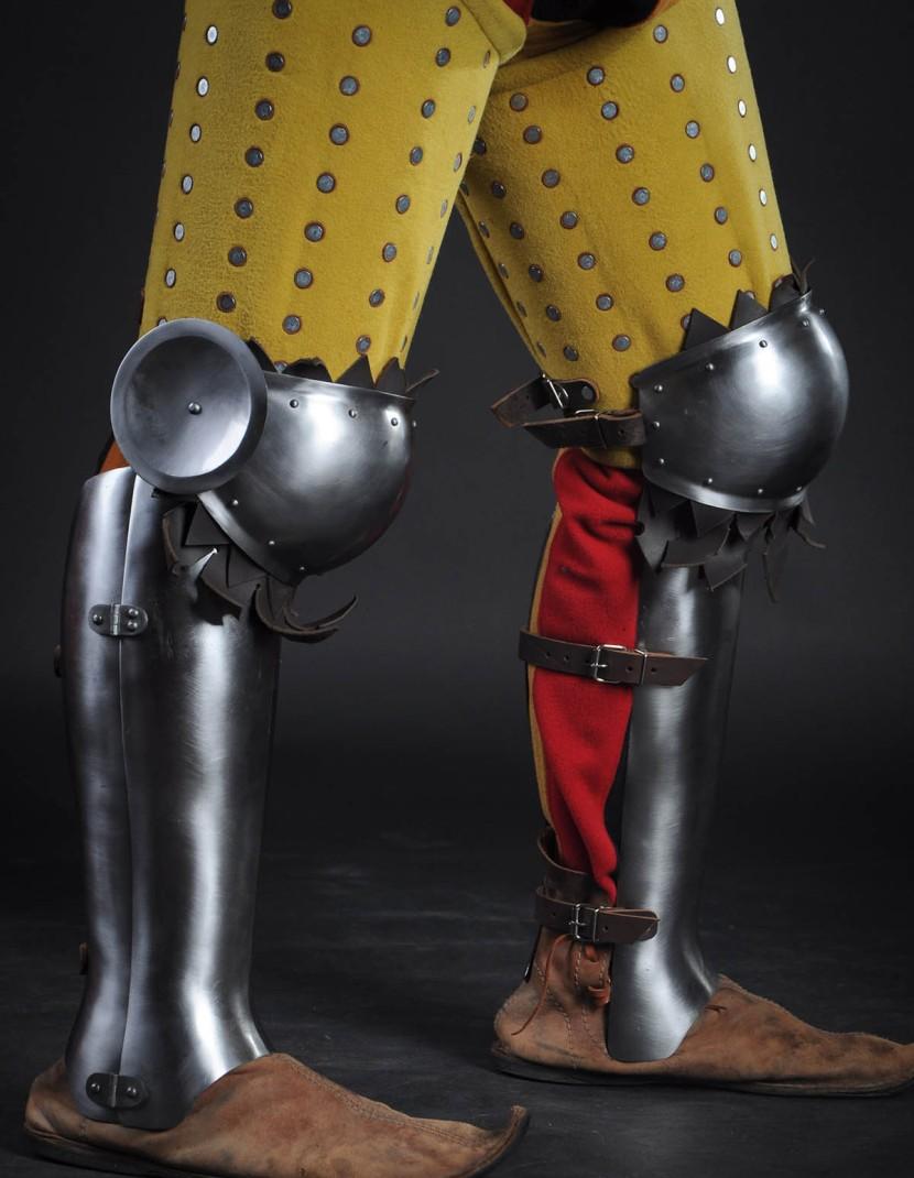 Three quarters greaves, XV century photo made by Steel-mastery.com