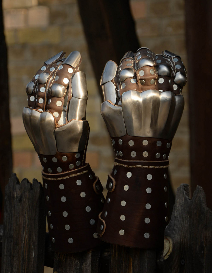 Visby brigandine gauntlets photo made by Steel-mastery.com