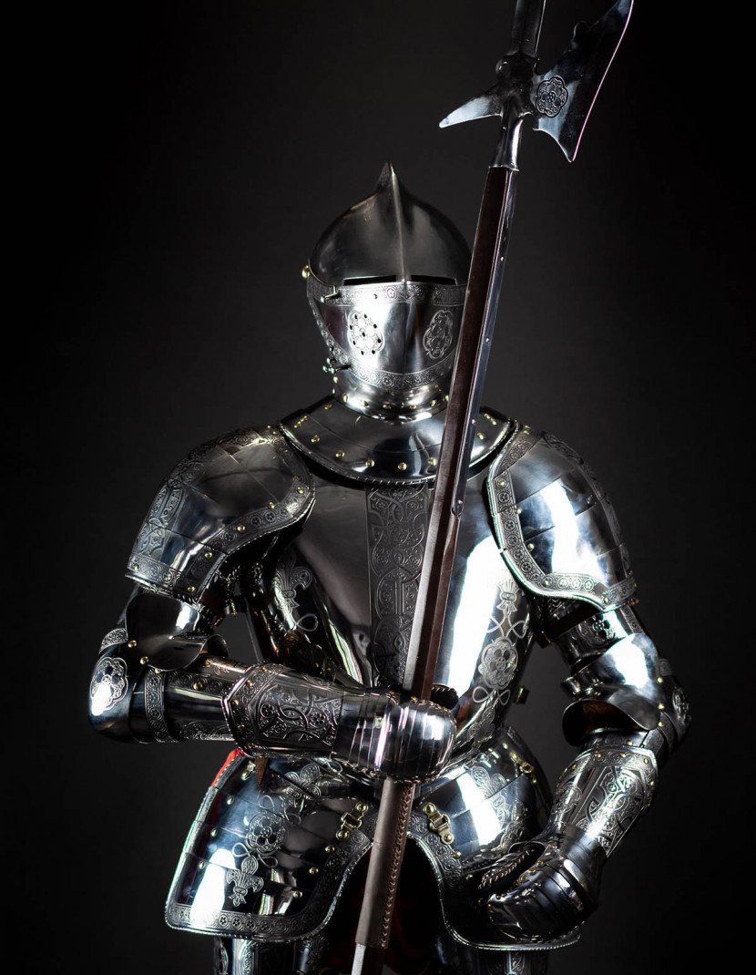 Full Plate Armor (Garniture) of George Clifford, Third Earl of Cumberland, end of XVI century (1590-1592)  photo made by Steel-mastery.com
