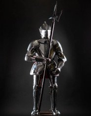 Full Plate Armor (Garniture) of George Clifford, Third Earl of Cumberland, end of XVI century (1590-1592)