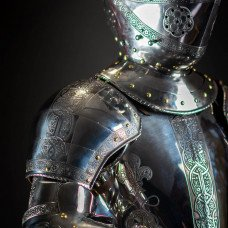Manual for assembling of full-plate armor or transformation from terminator to the beauty:)