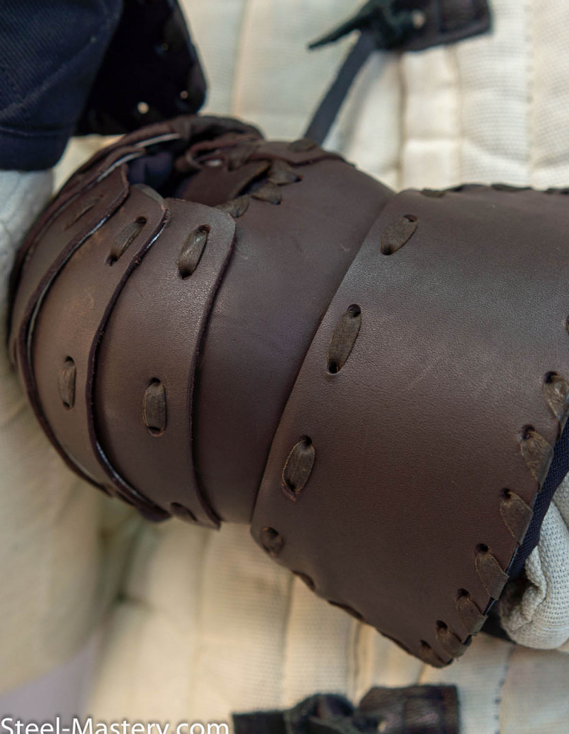 Set of leather laminar mittens photo made by Steel-mastery.com