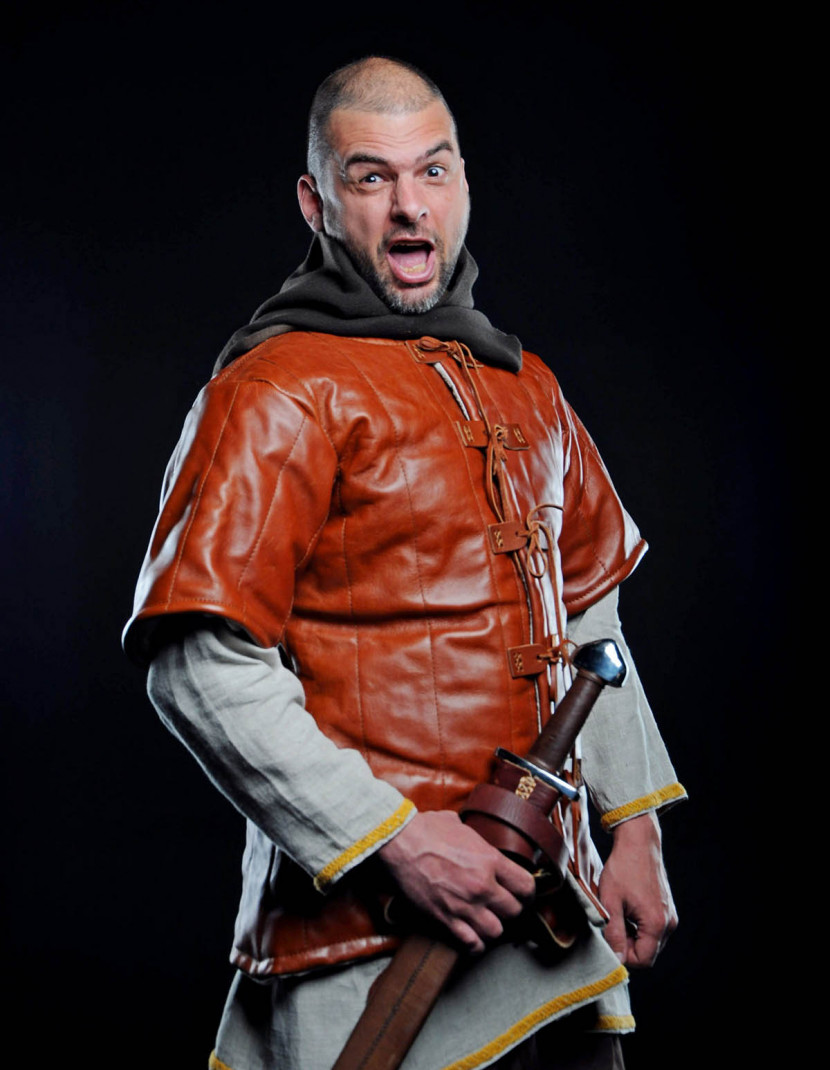 LEATHER VIKING GAMBESON photo made by Steel-mastery.com
