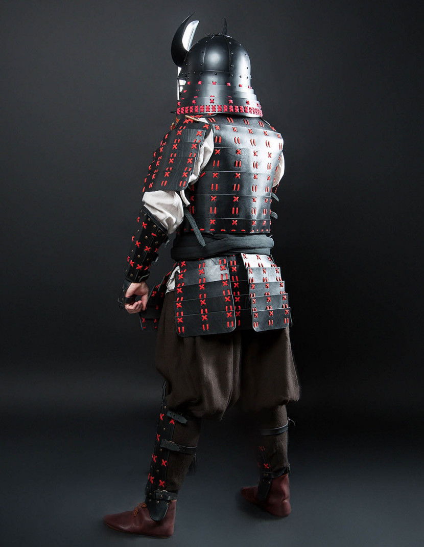 O Yoroi - Japanese samurai leather warrior armor photo made by Steel-mastery.com
