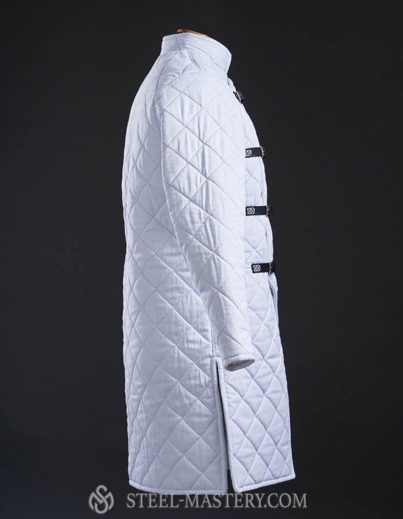 White HEMA style gambeson  photo made by Steel-mastery.com