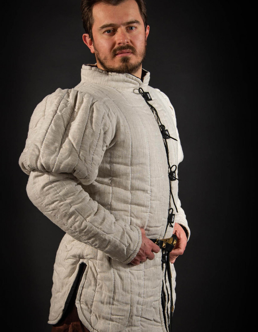 PUFFED LONG SLEEVED GAMBESON photo made by Steel-mastery.com